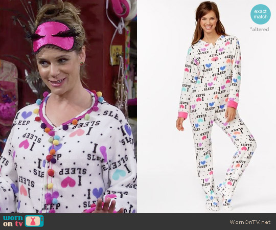 PJ Couture Plush Footed Adult Onesie Pajamas worn by Andrea Barber on Fuller House