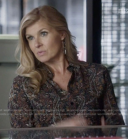 Rayna's paisley print shirt on Nashville