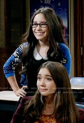 Smackle's blue printed cardigan on Girl Meets World