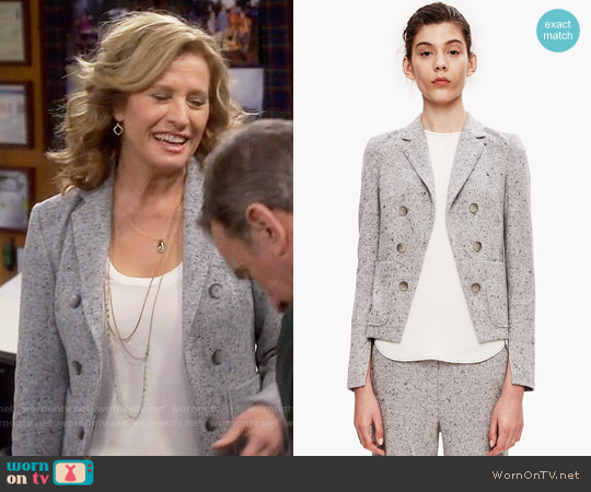 Theory Jontia Jacket worn by Nancy Travis on Last Man Standing