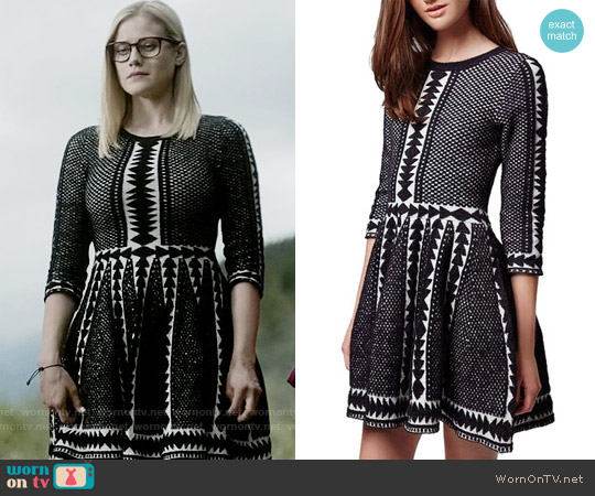 Topshop Premium Fit & Flare Sweater Dress worn by Olivia Taylor Dudley on The Magicians