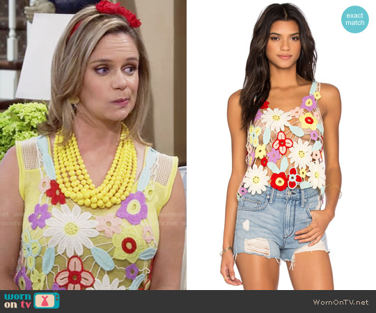 Wildfox Flower Crochet Tank worn by Andrea Barber on Fuller House