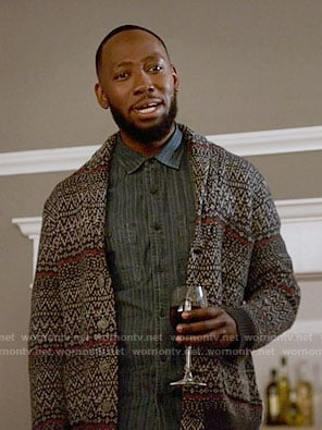 Winston's navy patterned cardigan on New Girl