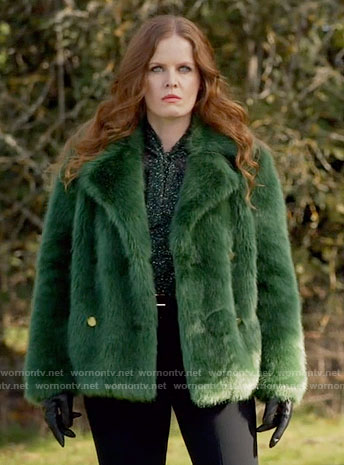 Zelena's green fur jacket on Once Upon a Time
