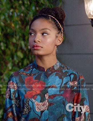 Zoey's blue abstract print blouse on Black-ish