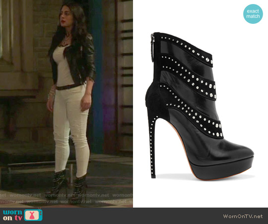 Embellished leather and suede ankle boots by Alaia worn by Isabelle Lightwood on Shadowhunters
