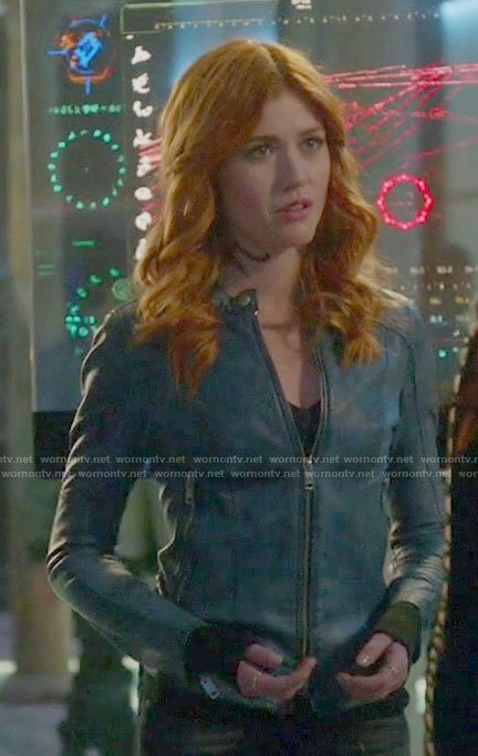 Clary's blue leather jacket with zipped pockets