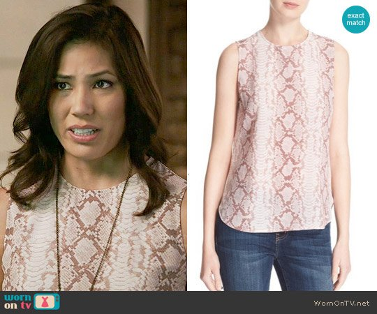 Equipment Lyle Top in Picasso worn by Michaela Conlin on Bones