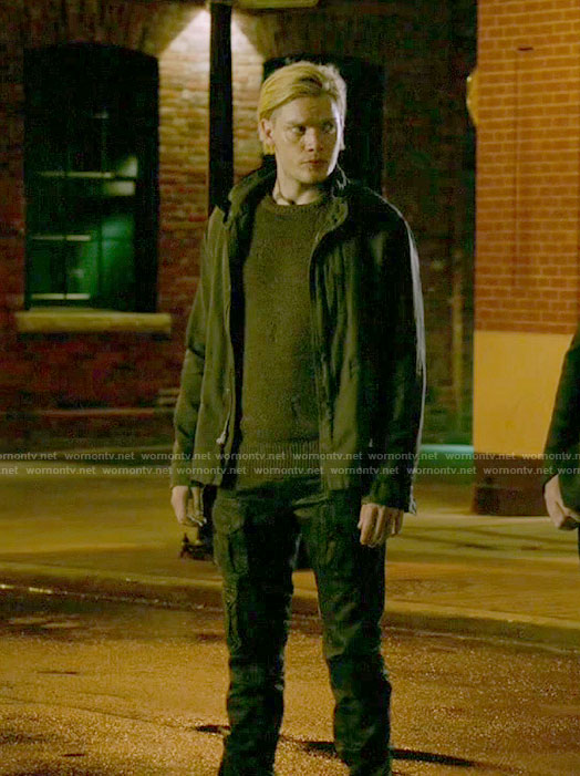 Jace's black cargo pants on Shadowhunters