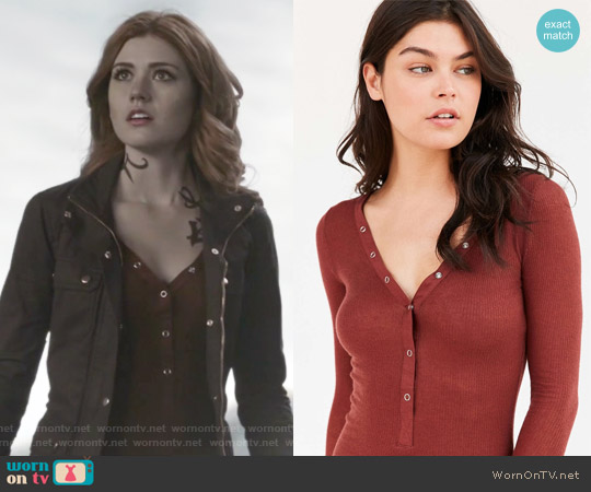 Cozy Ribbed Henley Top by Out From Under worn by Clary Fray (Katherine McNamara) on Shadowhunters
