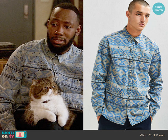 Urban Outfitters Denim Blanket Stripe Button-Down Shirt worn by Lamorne Morris on New Girl