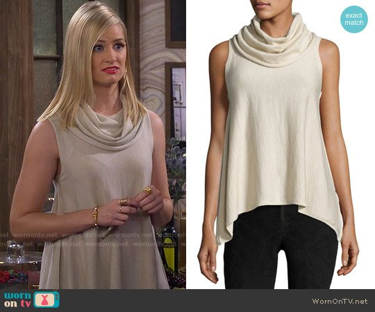 Alice + Olivia Sharry Sleeveless Turtleneck Pullover worn by Caroline Channing (Beth Behrs) on 2 Broke Girls
