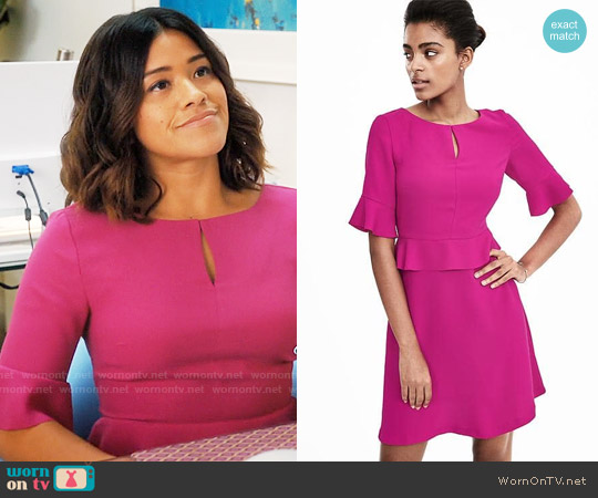 Banana Republic Peplum Flounce Dress worn by Jane Villanueva (Gina Rodriguez) on Jane the Virgin