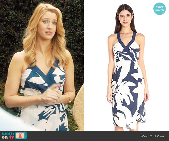 Bcbgeneration Printed Faux-Wrap Midi Dress worn by Petra Solano (Yael Grobglas) on Jane the Virgin