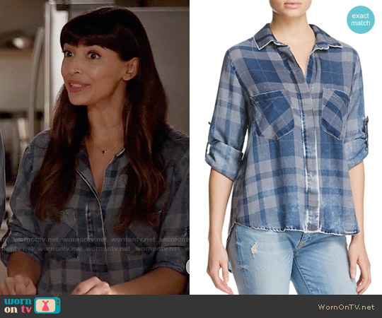 Bella Dahl Split Back Plaid Shirt worn by Hannah Simone on New Girl