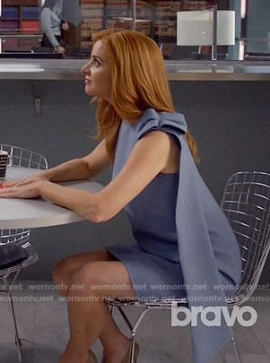 Donna's blue dress with bow shoulder on Suits