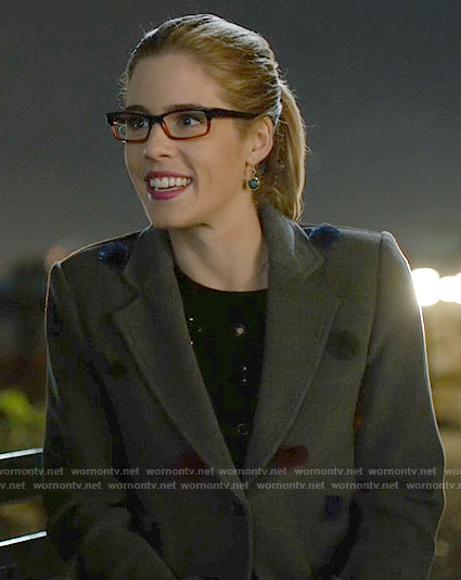 Felicity's grey pom pom coat on Arrow