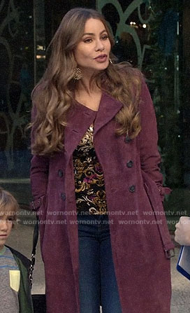 Gloria's purple suede trench coat on Modern Family