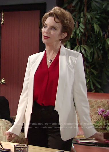 Gloria's white blazer on The Young and the Restless