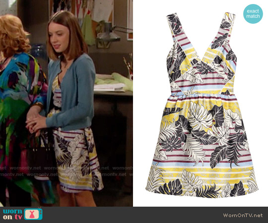H&M Patterned Dress in Nature White / Leaf worn by Coco Spectra (Courtney Grosbeck) on The Bold & the Beautiful