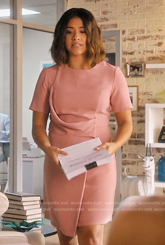 Jane's pink short sleeve draped front dress on Jane the Virgin