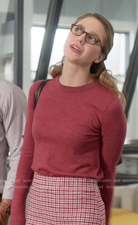 Kara's pink houndstooth skirt on Supergirl