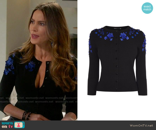 Karen Millen Floral Applique Cardigan worn by Sofia Vergara on Modern Family
