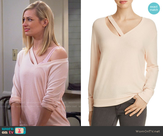 LNA Fallon Sweater worn by Caroline Channing (Beth Behrs) on 2 Broke Girls