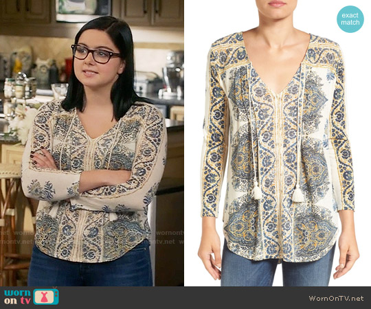 Lucky Brand Placed Print V-neck Blouse worn by Ariel Winter on Modern Family