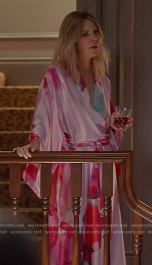 Mickey's pink floral robe on The Mick