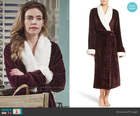 Nordstrom Lingerie Plush Cable Robe worn by Victoria Newman (Amelia Heinle) on The Young & the Restless