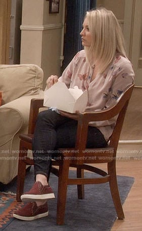 Penny's butterfly print blouse on The Big Bang Theory