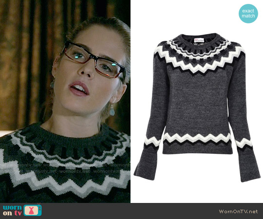 WornOnTV: Felicity's grey zig zag sweater on Arrow | Emily Bett ...