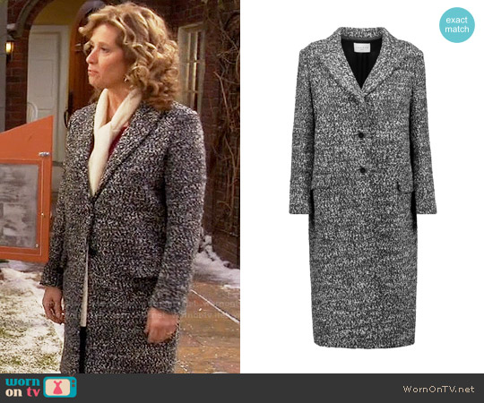 Sandro Margit Boucle Coat worn by Nancy Travis on Last Man Standing