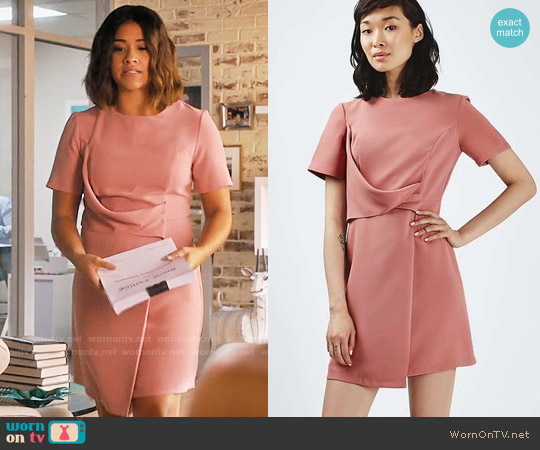 Topshop Drape Shift Dress worn by Jane Villanueva (Gina Rodriguez) on Jane the Virgin
