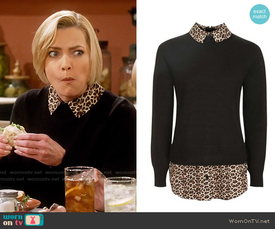 Topshop Hybrid Sweater worn by Jaime Pressly on Mom
