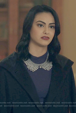 Veronica's pearl collar necklace on Riverdale