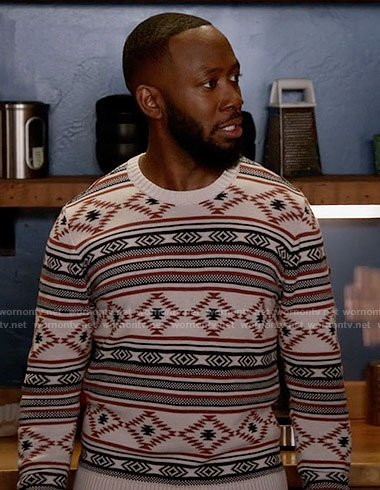 Winston's patterned sweater on New Girl