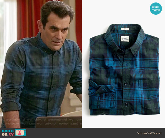 J. Crew Slim Secret Wash Shirt in Heather Poplin Plaid in Hthr Green worn by Phil Dunphy (Ty Burrell) on Modern Family