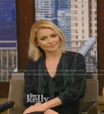 Kelly's green plaid shirt on Live with Kelly