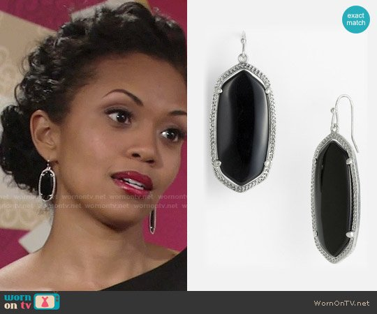 Kendra Scott Elle Earrings in Black/Silver worn by Hilary Curtis on The Young & the Restless