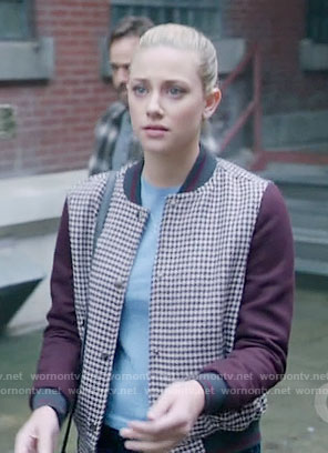 Betty's burgundy houndstooth jacket on Riverdale