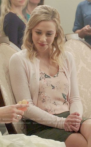 Betty's pink floral top and cardigan on Riverdale