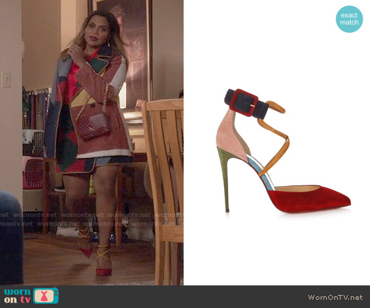 Christian Louboutin Suzanna Pumps worn by Mindy Kaling on The Mindy Project