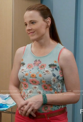 Daphne's blue floral tank top on Switched at Birth