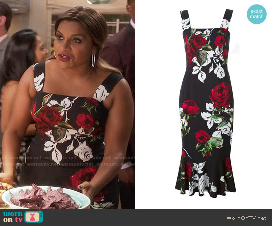 Dolce & Gabbana Rose Print Dress worn by Mindy Lahiri (Mindy Kaling) on The Mindy Project