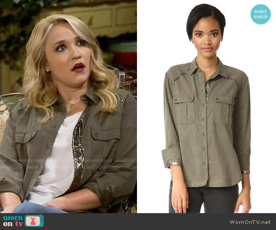 Free People Off Campus Button Down worn by Emily Osment on Young & Hungry