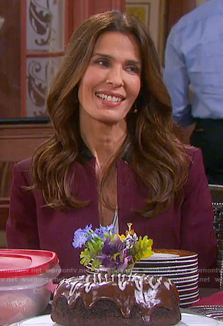 Hope's burgundy blazer with black collar on Days of our Lives