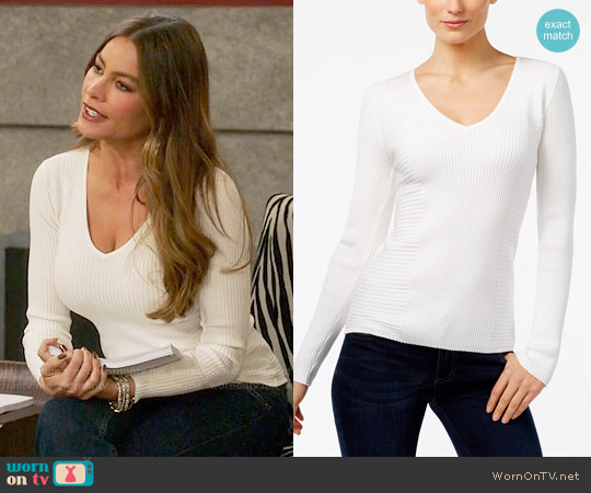 INC International Concepts Ribbed V-Neck Sweater worn by Sofia Vergara on Modern Family