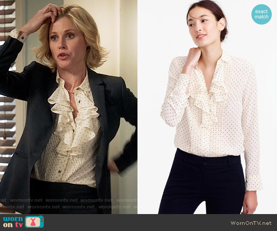 J. Crew Tuxedo ruffle top in polka-dot silk worn by Julie Bowen on Modern Family